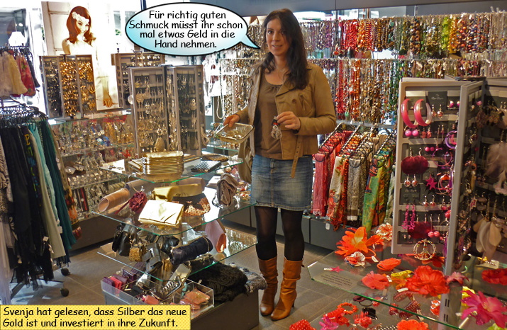 Svenja kauft Schmuck bei Bijou Brigitte in Kiel